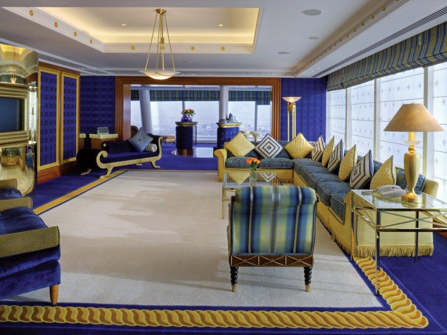 dubai-hotel-diplomatic-suite