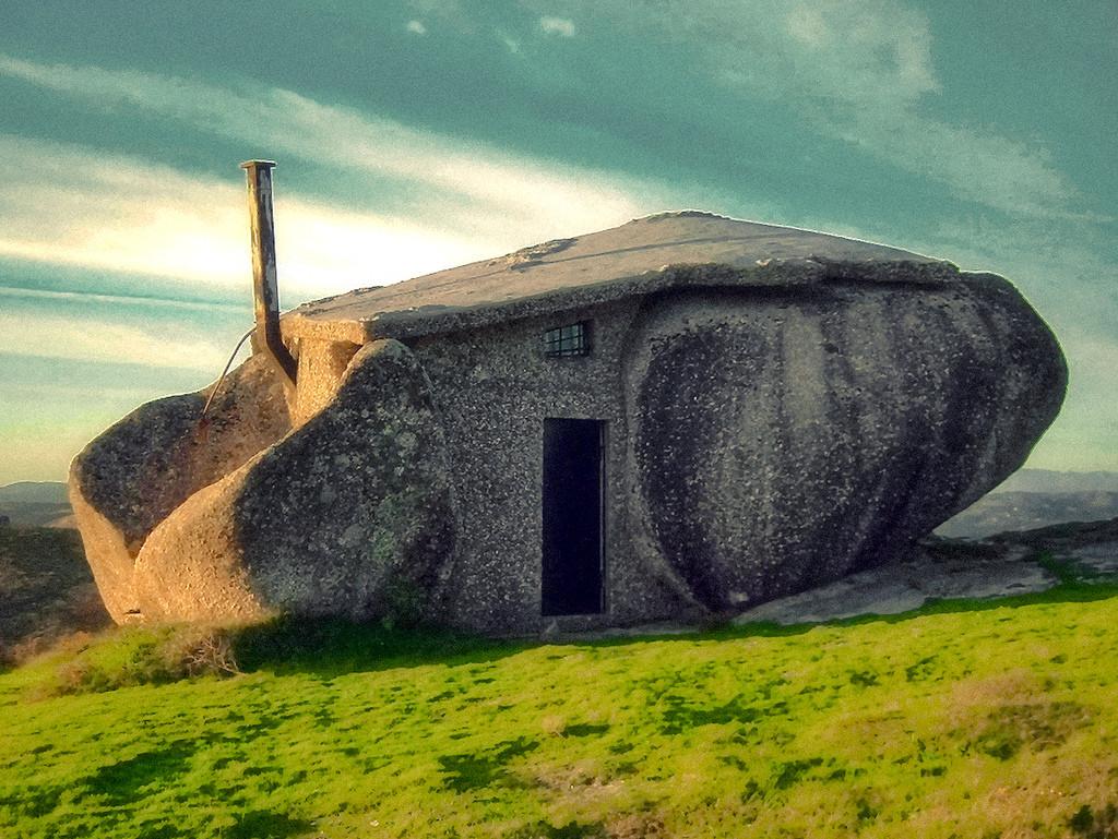 Top 10 weirdest buildings on earth