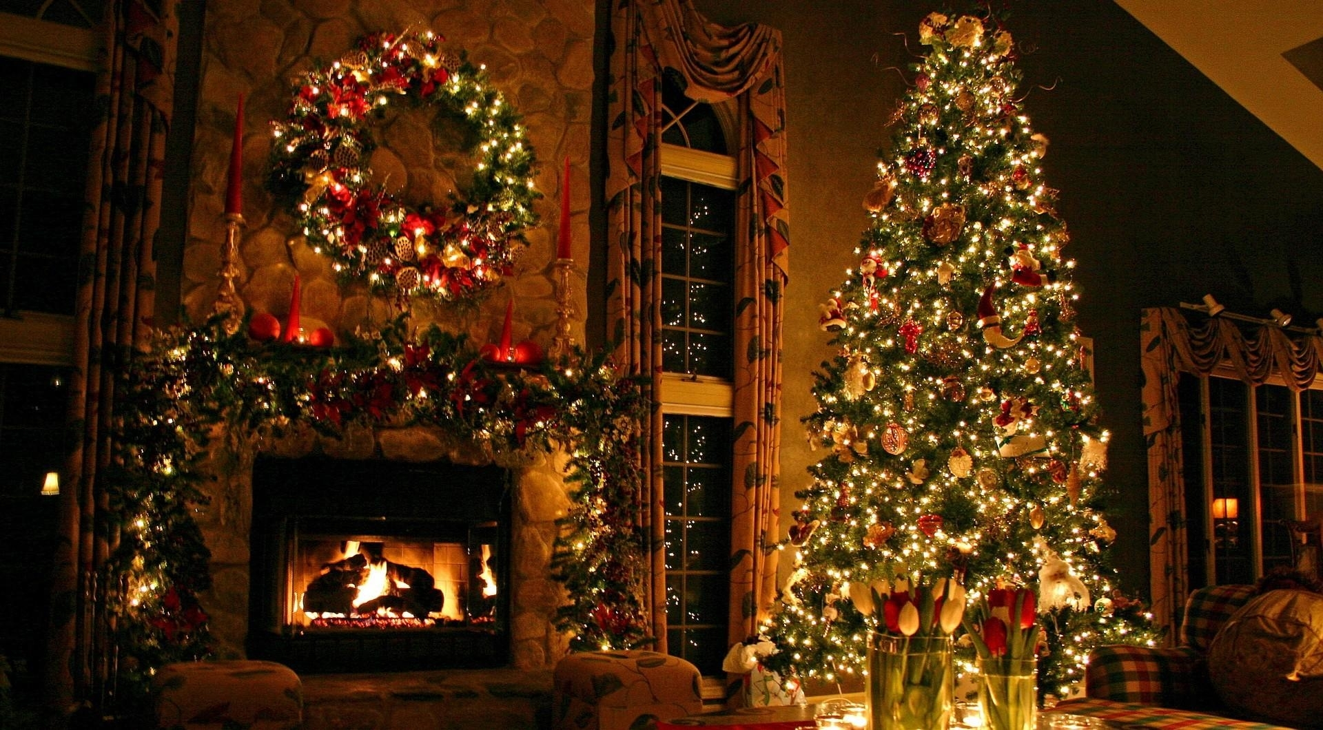 pictures of christmas decorations in homes
