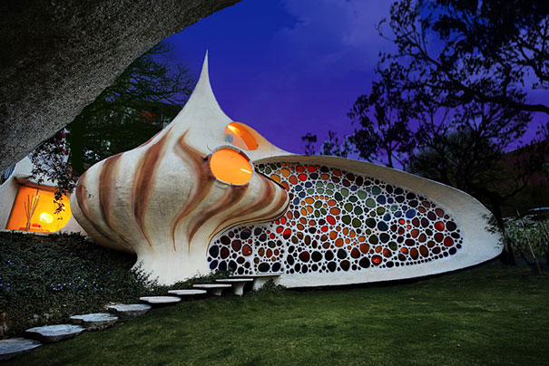 Giant shell house