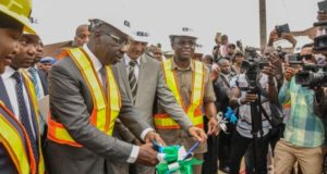 Obaseki inaugurates 500m concrete pavement roads